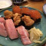 大船駅徒歩2分の網代一菜で大きめ寿司を食べる