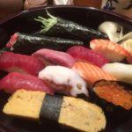 品川駅すぐにある築地玉寿司でランチ寿司を食べる